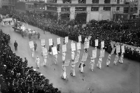 On This Day: 19th Amendment giving women the vote goes