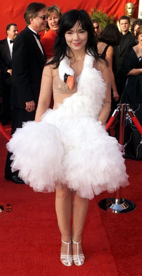 Oscars 2013 Red Carpet Fashions: Best And Worst Dressed On