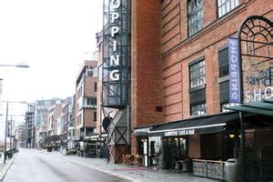 Best shopping centers, local markets and places in Oslo
