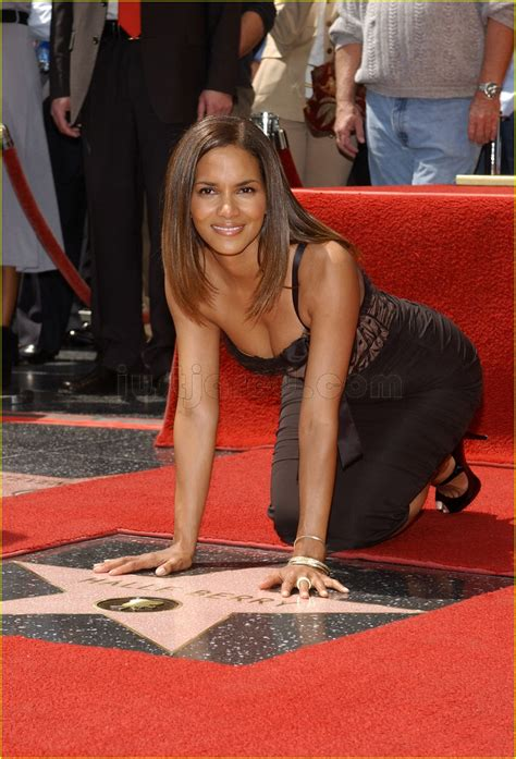 The Hollywood Stars Align For Halle Berry: Photo 88161
