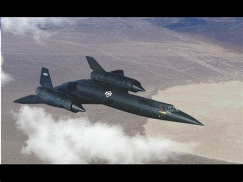 Lockheed A-12 first flight narrated by its test pilot Lou
