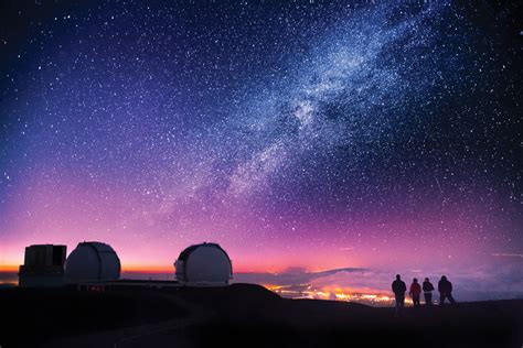 Admire the stars from the top of Mauna Kea on this half