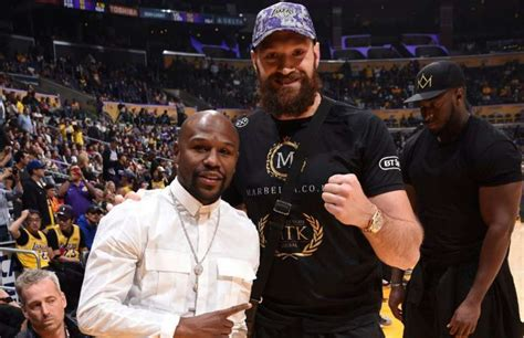 Tyson Fury reminds Floyd Mayweather of the bet he put on